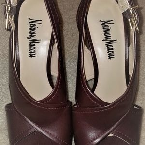 Neiman Marcus Leather Slingback heels Size 7.5